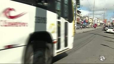 Mudanças no sistema de transporte público de Caruaru completam um mês - Passageiros ainda reclamam.