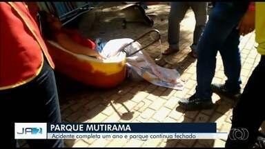 Acidente com brinquedo no Mutirama que deixou 13 feridos completa um ano - Rompimento do eixo do Twister levou 16 pessoas ao chão; dos feridos, uma mulher ficou em estado grave. Contratos para reparos em brinquedos só devem ser assinados nesta semana.