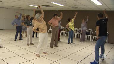 IBGE aponta que a Bahia vai ter a maior taxa de envelhecimento do país em 42 anos - No Dia dos Avós, o BATV mostra como chegar até a terceira idade com saúde física e mental.