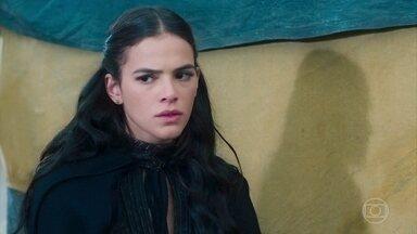 Catarina ouve a conversa de Otávio e Aires - Catarina ouve eles falarem sobre os dois possívels herdeiros