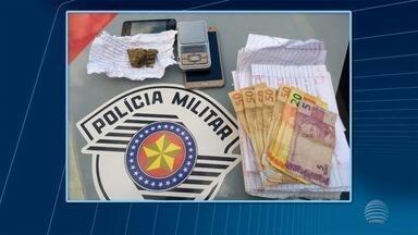Cartas de crime organizado são apreendidas em Ouro Verde - Bilhetes estavam com uma mulher que foi presa por tráfico de droga.