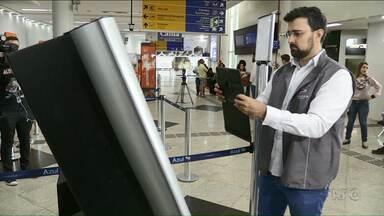 Procon e OAB fazem blitz em aeroporto de Maringá - Os fiscais conferiram, principalmente, as informações sobre a cobrança de bagagens.
