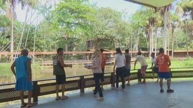 Moradores de rua de Macapá tem dia especial em visita a pontos turísticos da capital - Mudança de rotina foi oportunizada pelo poder público, o Centro POP, que atende 38 pessoas em vulnerabilidade social que moram nas ruas da cidade.