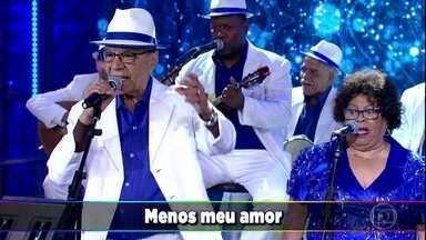 Monarco e Velha Guarda da Portela cantam o sucesso 'Tudo Menos Amor' - Confira!