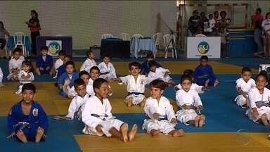 Copa Aracaju de judô reúne destaques da modalidade e a criançada também - Evento foi realizado no Ginásio do IFS.