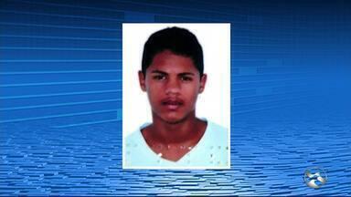 Suspeito é morto após tentativa de assalto a policial no sítio Serra Verde - De acordo com a polícia, três criminosos tentaram assaltar um policial, enquanto ele estacionava o veículo dele.