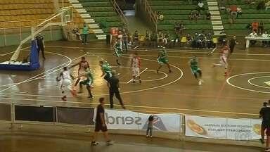 Com início arrasador, Bauru bate América e estreia com vitória no Paulista - Dragão abre no primeiro quarto e segura time de Rio Preto para vencer por 78 a 47