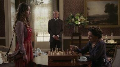 Lady Margareh tenta tirar Elisabeta do sério - A inglesa diz que está tirando tudo da jovem Benedito. Elisabeta acaba ficando sem palavras