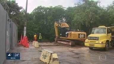 Obras da Segunda Perimetral têm início na Zona Norte do Recife - Entre as melhorias previstas pelo projeto estão o reparo das calçadas, do asfalto e do sistema de drenagem das ruas.