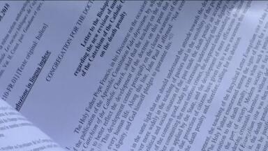 Papa muda doutrina e declara que a pena de morte é inadmissível em qualquer situação - Até então o Vaticano aceitava a pena capital em casos extremos. Mas agora Francisco mudou o texto do catecismo, o livro que ensina a doutrina da Igreja Católica.