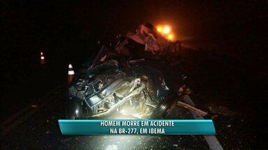 Pessoa morre em acidente na BR-277 - A batida foi entre um ônibus e um carro na madrugada deste sábado em Ibema.