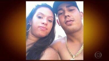 Grávida é assassinada pelo marido na frente do filho de 3 anos no Rio - O casal tinha dois filhos e Simone da Silva de Souza, de 25 anos, estava grávida de dois meses. Segundo a polícia, ela foi asfixiada pelo próprio marido, na frente do filho caçula.