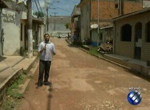 População denuncia falta de pavimentação em passagem no bairro do Marco - Caso é mostrado no Calendário JL