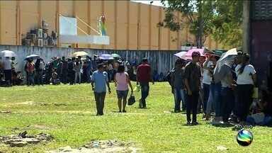 Oportunidade de emprego e qualificação em Socorro - Centenas de pessoas foram atraídas na manhã desta quinta-feira (9).