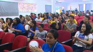 Muitos jovens estão aproveitando a folga para pregar a Fraternidade, no AP - Primeira edição do Gen Fest em Macapá teve apresentações musicais e danças