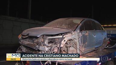 Motorista bate carro na Avenida Cristiano Machado, em BH - Acidente foi na altura do bairro Primeiro de Maio.