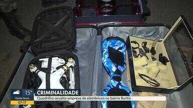 Empresa de eletrônicos é assaltada no bairro Buritis, na Região Oeste de Belo Horizonte - Criminosos chegaram armados e levaram celular, drones, skates elétricos e tablet.
