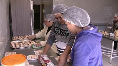Conselho comunitário da Vila C, em Foz, oferece atividades gratuitas para moradores - Moradores de outros bairros também podem participar.