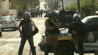 Presos fazem rebelião na cadeia de Ibaiti - Rebelião demorou 12 horas e uma pessoa foi feita refém.