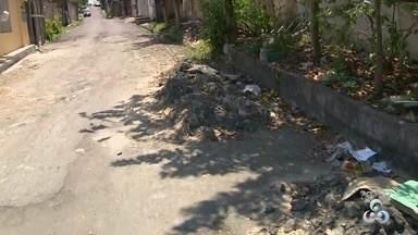 Fala Comunidade: Moradores reclamam de obra entregue pela metade, no bairro Coroado - Segundo moradores, a rua começou a ser asfaltada até um determinado trecho.