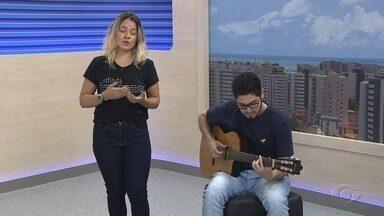 Show da cantora Renata Peixoto é atração no Quinta no Arena - Ela apresenta as canções do CD 'Infinita' no Teatro Sérgio Cardoso.