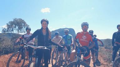 Radical: Briza percorre uma trilha de 20km com um grupo de mountain bike - Radical: Briza percorre uma trilha de 20km com um grupo de mountain bike