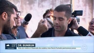 Justiça decreta a prisão preventiva do médico Denis Furtado - A mãe do médico, conhecido como Dr. Bumbum, Maria de Fátima Furtado, teve a prisão temporária revogada e deve deixar a prisão a qualquer momento.