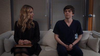 Mais - Shaun fica desconcertado com uma notícia que recebe sobre dr. Glassman e comete um erro que pode comprometer a sua carreira.
