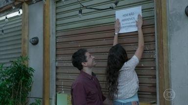 Paulo decide fechar o Le Kebek e passar o dia com Marli - Getúlio estranha, mas vai embora feliz ao saber que terá folga