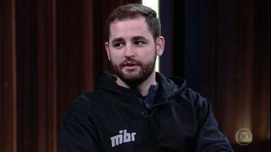 Gabriel Toledo define o que é eSports - Ele também fala do apoio que recebeu da família