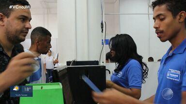 Mais de meio milhão de pessoas estão desempregadas em Salvador e região - Acompanhe na reportagem a busca por emprego de um jovem da capital.
