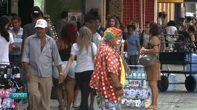 Pesquisa da Fecomércio reforça preocupação do desemprego em Alagoas - Estado apresenta números alarmantes de desempregados. Muitos trabalhadores alagoanos tem encontrado saída na informalidade.