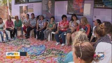Ônibus Lilás leva informação de prevenção contra violência à mulher - Ônibus Lilás leva informação de prevenção contra violência à mulher