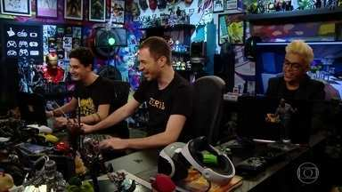 O trio brinca de esconde-esconde no jogo 'Minecraft' - Veja a divertida disputa!