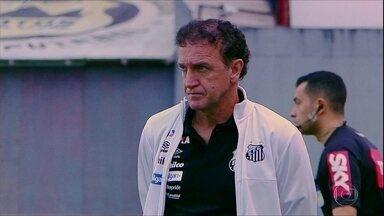 Santos vence no Brasileirão e terá definição sobre Sánchez na Libertadores - Santos vence no Brasileirão e terá definição sobre Sánchez na Libertadores