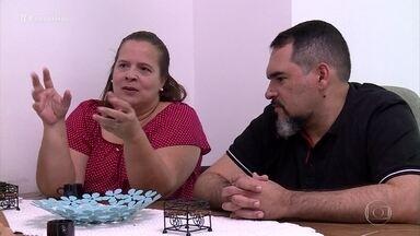 Família decide adotar a educação domiciliar para o filho adolescente - A pedagoga Andrea Ramal fala sobre os desafios para educar o filho em casa