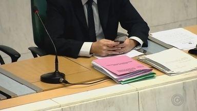 Confira o perfil dos candidatos a deputado estadual de SP - Reportagem apresenta o perfil dos 2.136 candidatos que vão concorrer a uma vaga de deputado estadual em São Paulo. A maioria é formada por homem, com idades entre 40 e 59 anos.