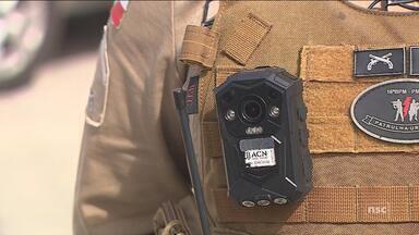 Câmeras em fardas da PM são testadas em Palhoça - Câmeras em fardas da PM são testadas em Palhoça
