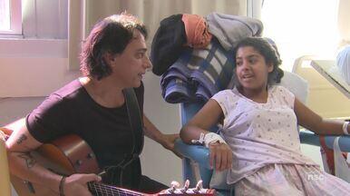 Banda leva música para crianças em tratamento no Hospital Joana de Gusmão - Banda leva música para crianças em tratamento no Hospital Joana de Gusmão