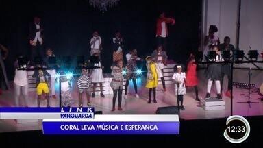 Coral africano se apresentou em São José dos Campos - Ele é formado por crianças que foram abandonadas.