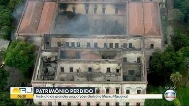 Marcelo Crivella lamenta destruição do Museu do Rio - Prefeito do Rio, Marcelo Crivella manifestou em redes sociais dizendo que é um dever nacional reconstruir o museu das cinzas.
