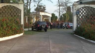 Policial militar morto em ocorrência é enterrado em Suzano - O motorista que atropelou o PM não tinha antecedentes criminais. Ele passou por audiência de custódia em Mogi das Cruzes e segue preso.
