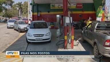 Motoristas fazem filas em postos de combustíveis após boatos de nova greve - Motoristas fazem filas em postos de combustíveis após boatos de nova greve