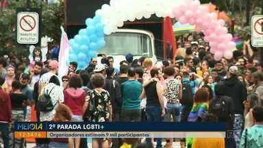 Parada LGBTI+ em Londrina reúne 9 mil pessoas de acordo com organizadores - A segunda edição da parada foi realizada neste domingo (02), o tema deste ano era sobre ter e poder formar uma família.