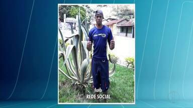 Jogador de futebol amador morre durante partida em Ubaporanga - Atleta tinha 42 anos e as informações são de que ele teve um mal súbito