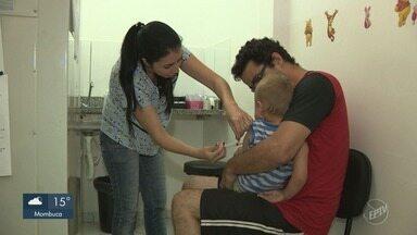 Falta de procura prorroga campanha de vacinação contra pólio e sarampo em São Paulo - A região apresenta 40 mil crianças que ainda não tomaram a vacina. Campanha será realizada por mais duas semanas.