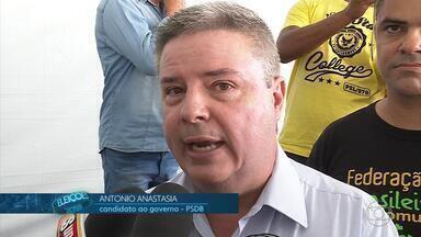 Antônio Anastasia (PSDB) se reúne com representantes de comunidades terapéuticas em BH - Candidato conversou sobre a importância do trabalho desenvolvido pelas casas de recuperação. Minas Gerais tem cerca de 300 entidades que atendem familiares e usuários de álcool e outras drogas.