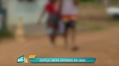 Justiça libera internos do Iases, em Linhares, ES, por falta de espaço - Mais de 60 começaram a ser liberados hoje.