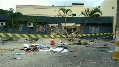 Bandidos atacam agência bancária em Guaraciaba do Norte (CE) - Trinta bandidos bloquearam as entradas da cidade durante o assalto.