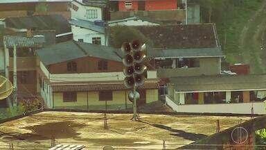 Defesa Civil de Nova Friburgo, RJ, faz simulado de evacuação de áreas de risco - Assista a seguir.